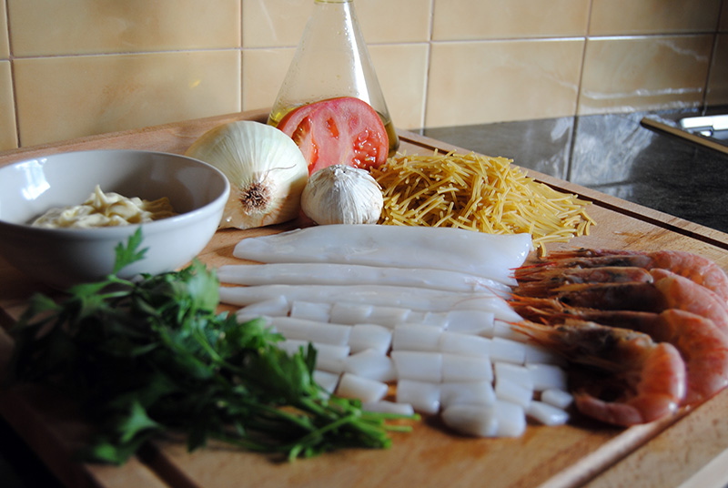 Fideua ingredients